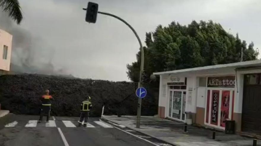 Avance de la colada del volcán de La Palma en el barrio de La Laguna (El Paso)