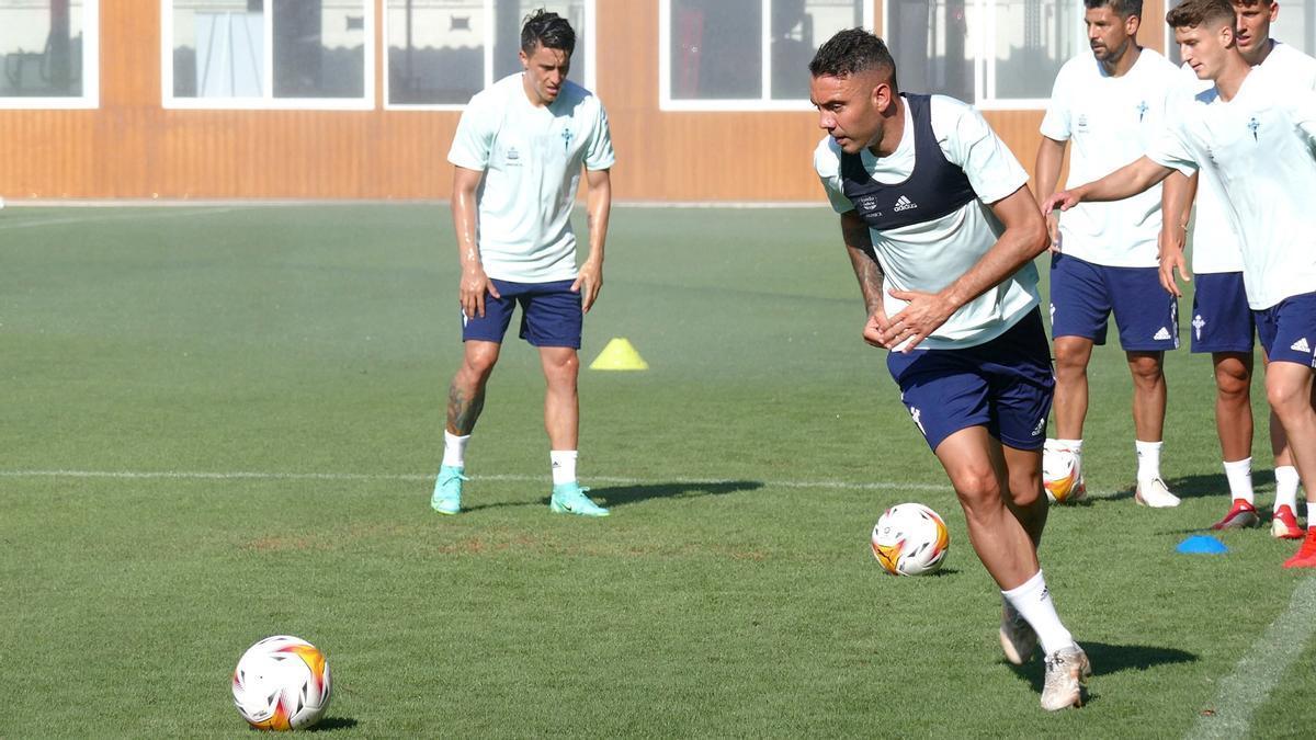 Aspas, durante un entrenamiento en Marbella.