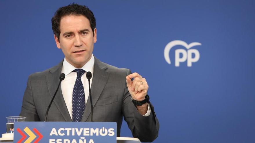 """El PP, a Sánchez: """"¿Qué hace el general escondido en el búnker?"""""""