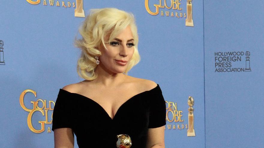 El disco de Lady Gaga trae colaboraciones con Ariana Grande y Elton John