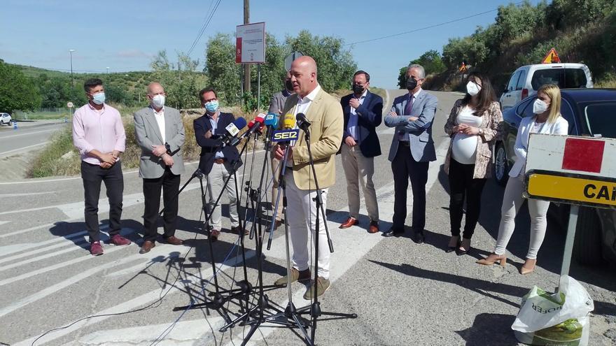 La Diputación invierte 310.000 euros en la mejora la carretera de Las Erillas de Rute