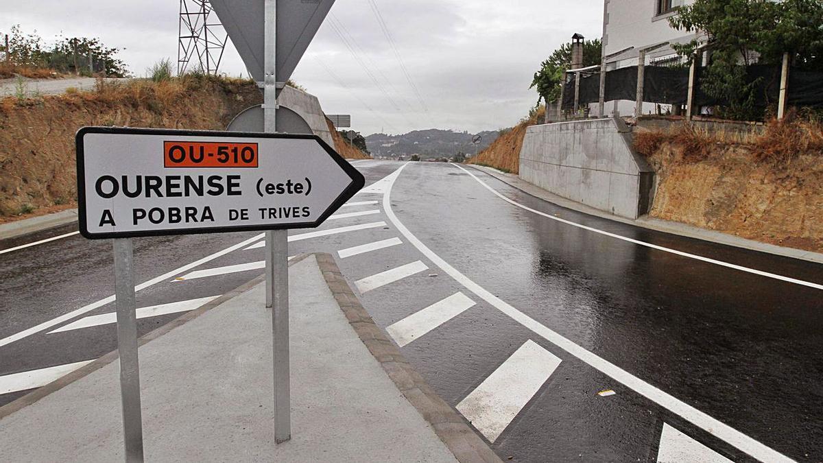 El ramal de Rairo que llega hasta la zona de Benposta, la carretera OU-510.     // I. OSORIO