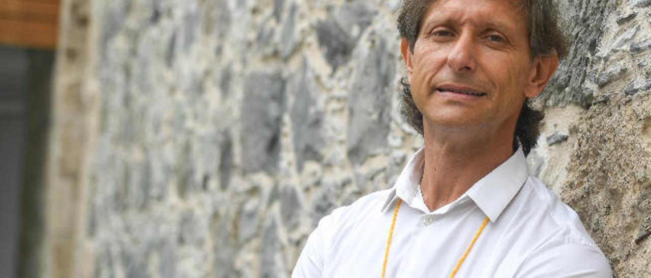 José María Fariñas, ayer, en el Castillo de Mata.