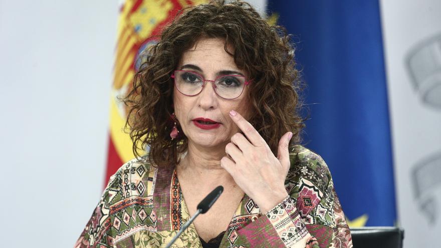 """El Gobierno mantiene al juez De Prada, pero asegura haber cedido ante los """"vetos"""" del PP"""