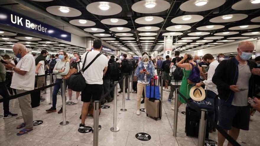 La larga batalla por la ampliación del aeropuerto londinense de Heathrow