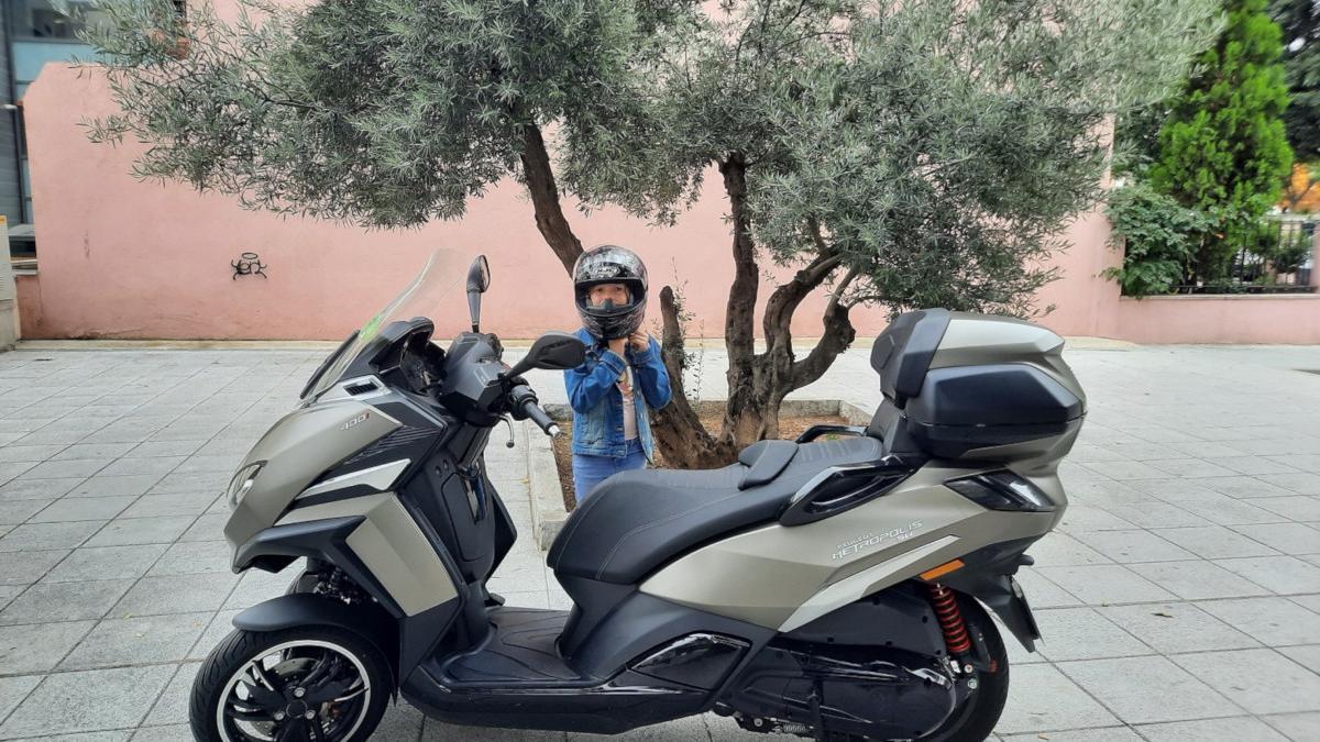 Cómo llevar a un niño en moto
