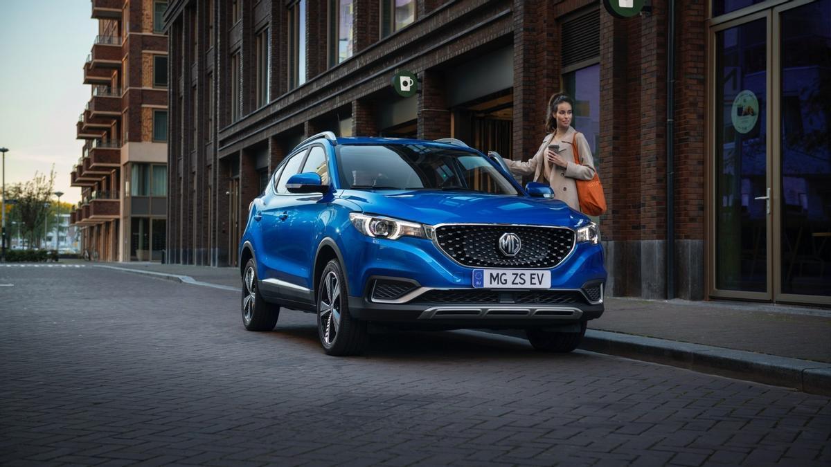 MG vuelve al mercado español con una gama eléctrica, inteligente y muy accesible