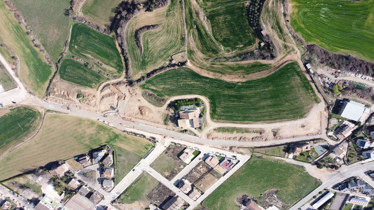 Imatge aèria de la zona de la Cabana del Silo que s'està urbanitzant i on es posaran noms de dona als carrers
