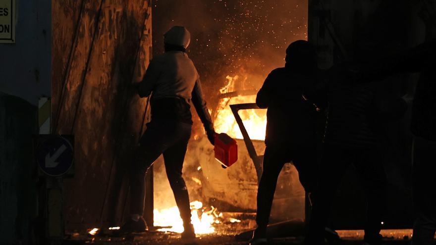 Nueva noche de violencia en Irlanda del Norte
