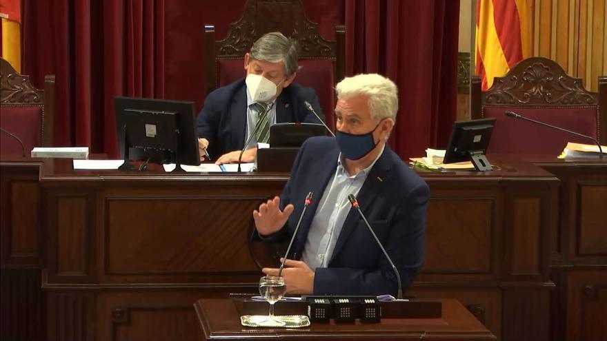 """Melià acusa al Ayuntamiento de """"vender humo"""" y crear """"falsas expectativas"""" con Son Busquets"""