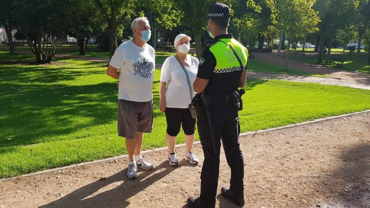 La Policía Local empezará a sancionar por no llevar mascarillas desde el viernes por la noche