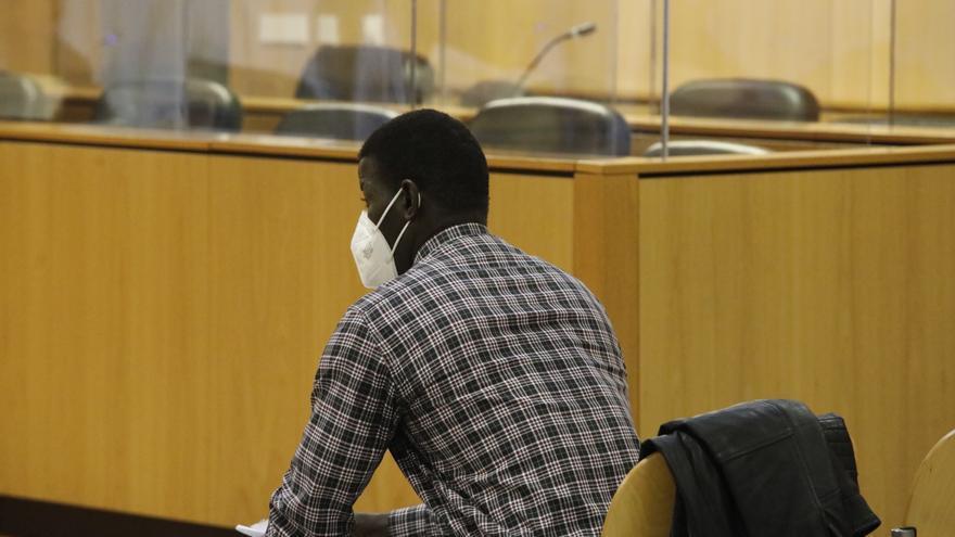 """""""Me atacaron; yo no había hecho nada"""", declara Papagore en el juico que podría expulsarle de España"""