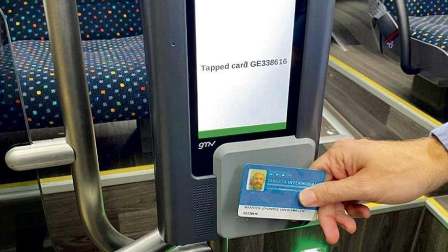 So kommen Sie an die günstige Buskarte auf Mallorca ran
