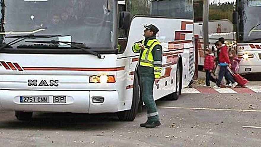 La Junta endurecerá las normas para el transporte escolar el próximo curso