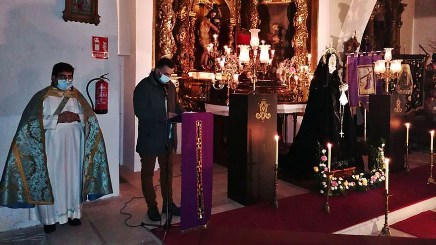 El Besamanos a la Virgen de la Soledad más solidario en Toro
