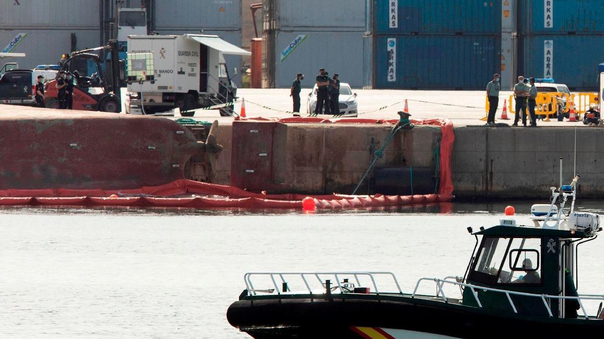 Suspenden la búsqueda del estibador desaparecido en el Puerto, sin éxito, que se retomará este martes