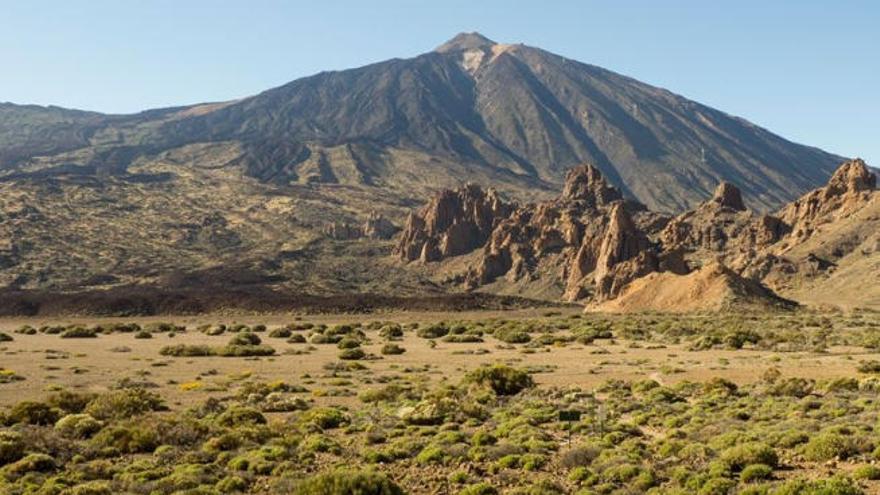 Comienzan los trabajos para demoler el refugio de Ucanca en El Teide