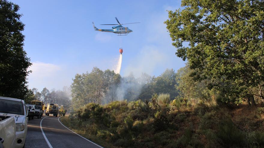 GALERÍA   Sábado de incendios en Sanabria y La Carballeda