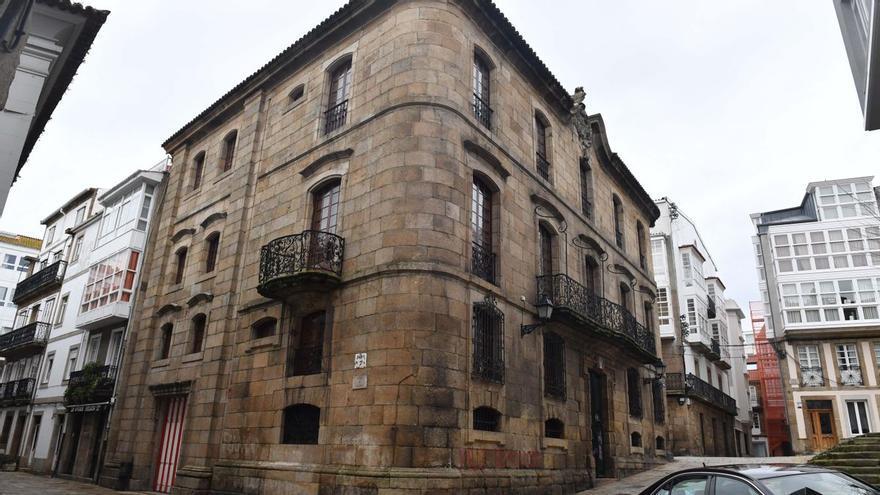 Los Franco tendrán que abrir la casa Cornide a visita pública