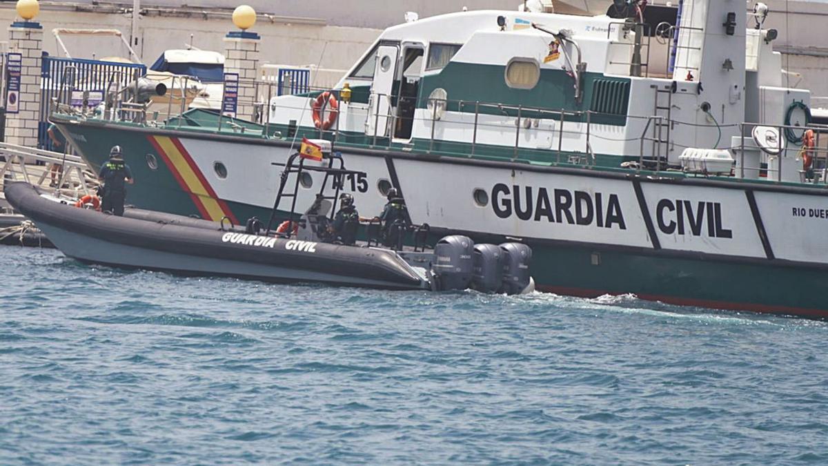 La Guàrdia Civil continua buscant els cadàvers del pare i de la filla d'un any. | EUROPA PRESS