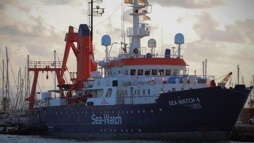 El Sea Watch 4 sale del puerto de Burriana rumbo a aguas de Libia
