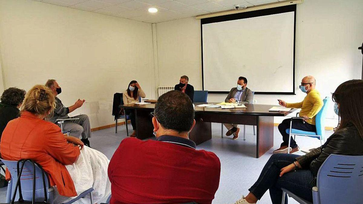 Reunión de la comisión de Urbanismo, ayer, en las dependencias del departamento.