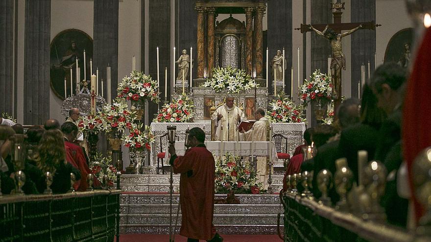 Obispado y cofradías preparan otra Semana Santa en el interior  de los templos