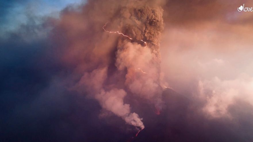Rayos en el volcán de La Palma