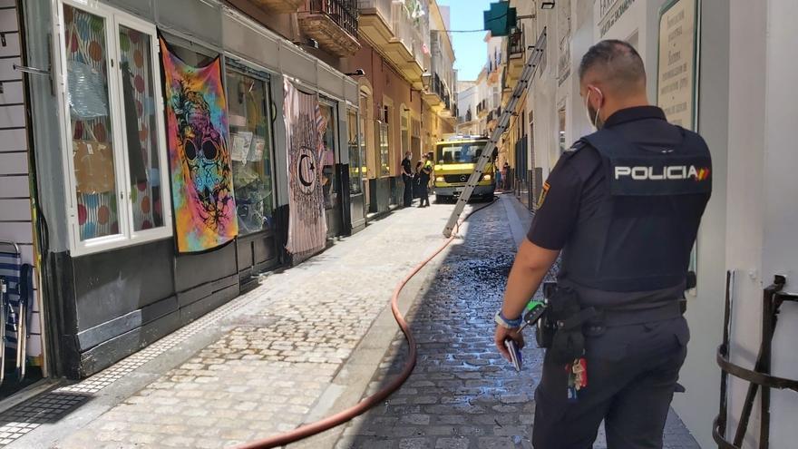 Fallece un hombre en el incendio de una vivienda