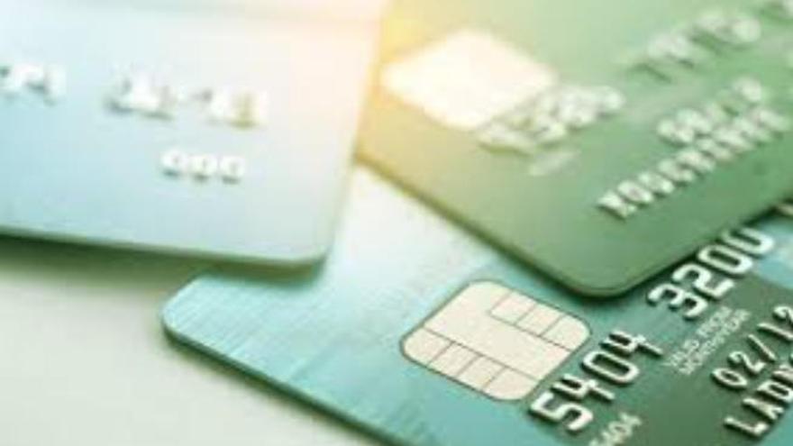 Se queda con la tarjeta de un vecino y gasta 3.800 euros en apuestas en Gran Canaria