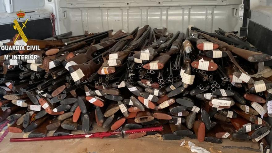La Guardia Civil destruye más de 700 armas en Huesca