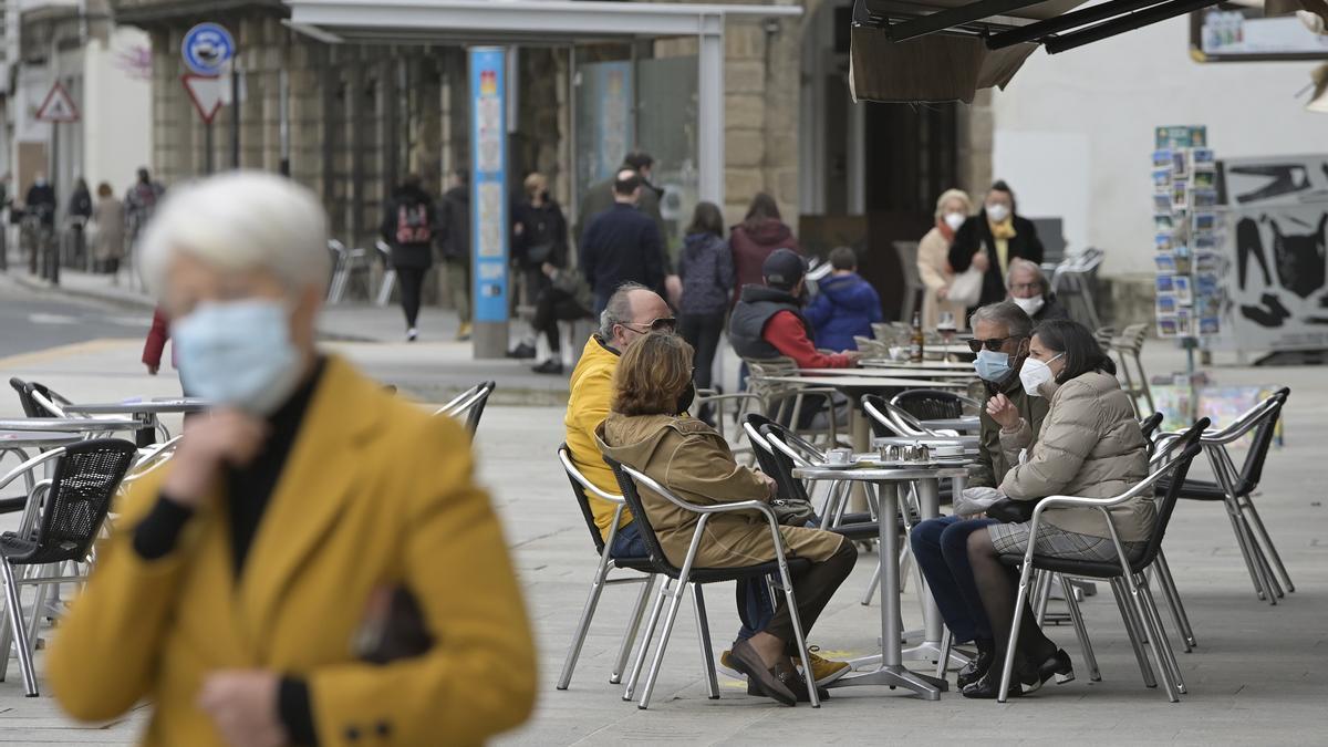Ambiente en una terraza de A Coruña.