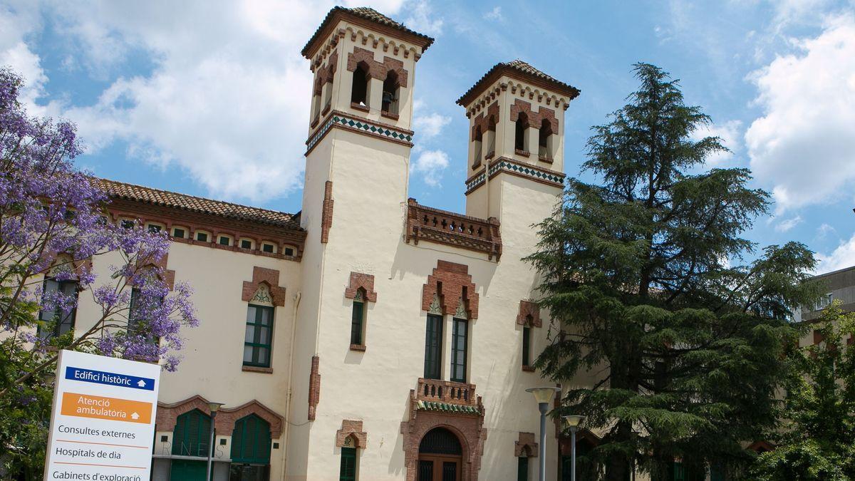 Hospital de Granollers, donde han sido ingresados algunos de los menores intoxicados.