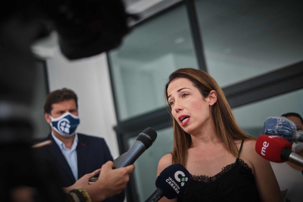 Patricia Hernández inaugura centro Nuevo Obrero