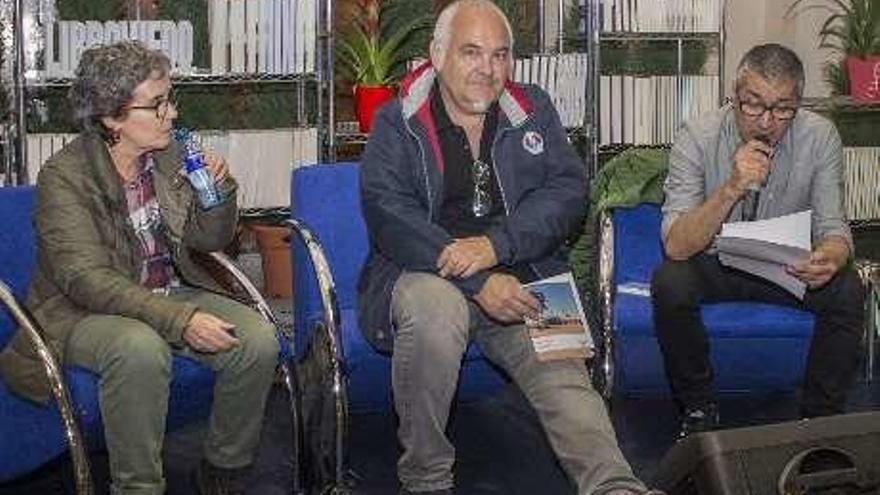 Amor y suspense en asturiano con Adolfo Camilo Díaz