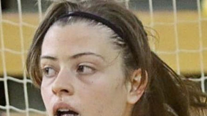 Cris Lourés, del Viaxes Amarelle, convocada con la selección sub 21