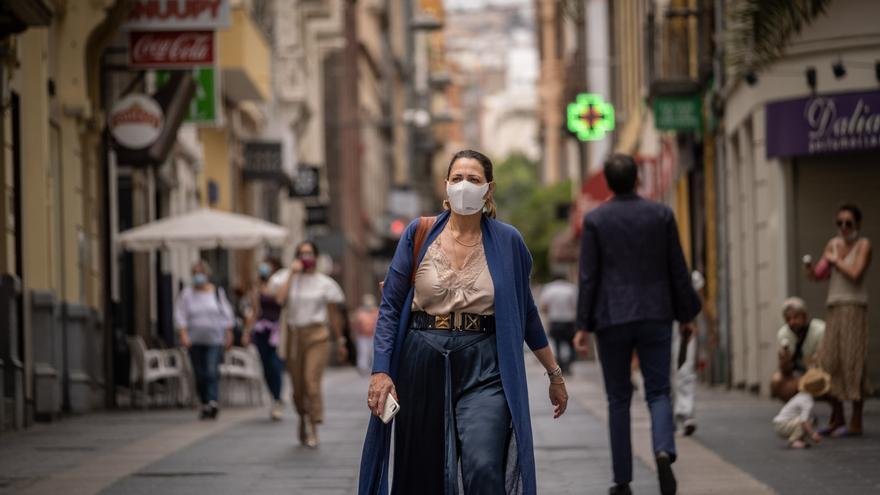 Canarias contabiliza 70 nuevos casos de Covid este domingo y lleva tres días seguidos sin fallecidos
