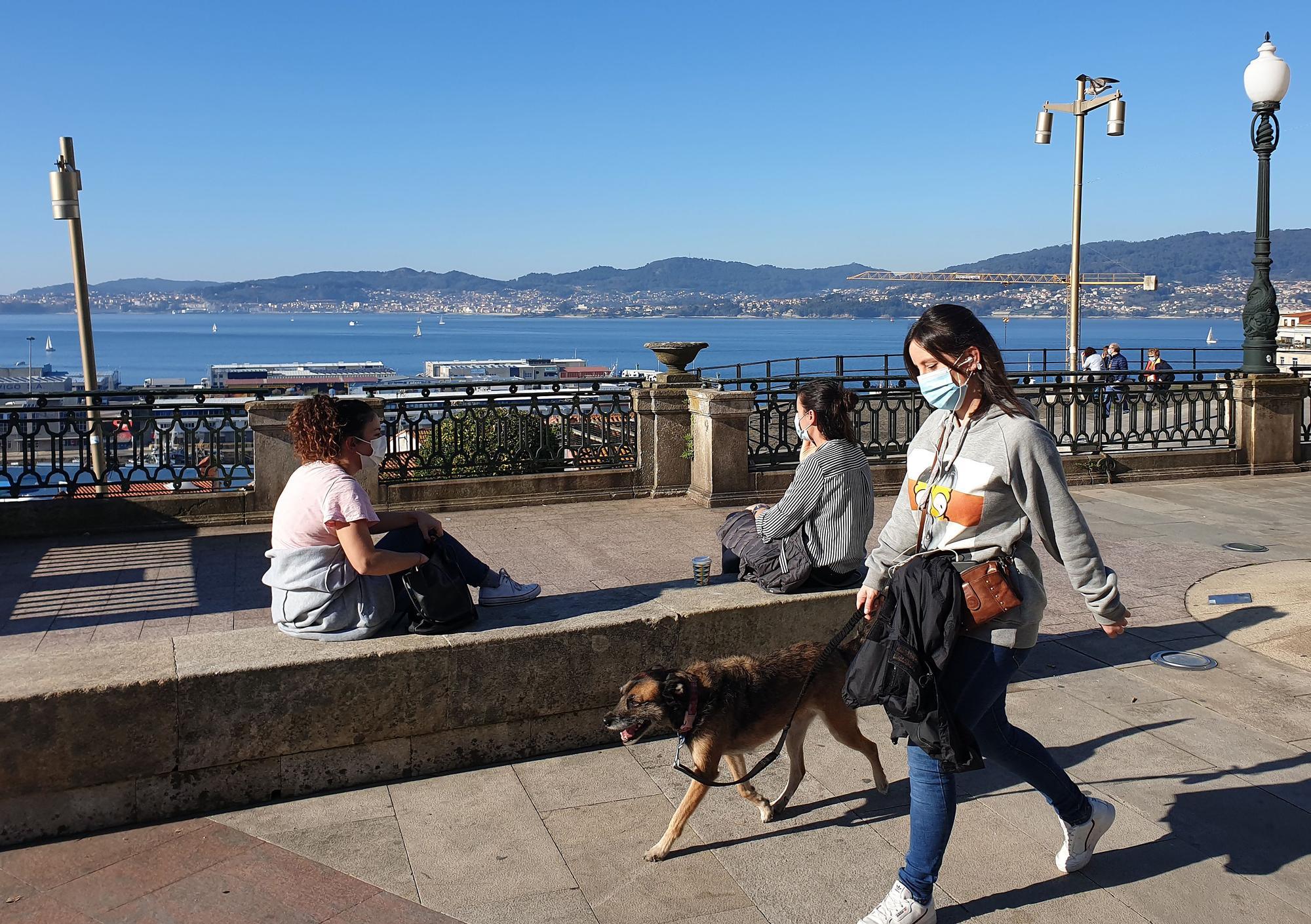 Vigo apura un noviembre primaveral en pleno otoño