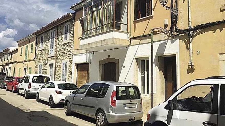 Denuncian la okupación de dos viviendas en Binissalem