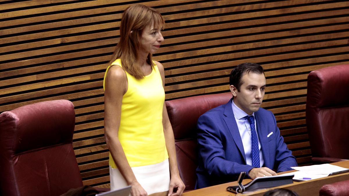 Rebeca Serna deja Vox por el ninguneo y la falta de transparencia del partido.