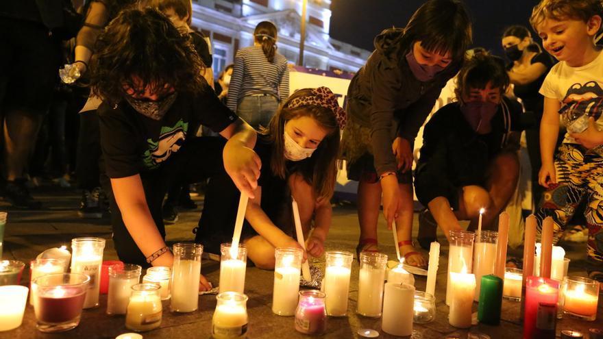 """Un párroco culpa de los asesinatos de las niñas de Tenerife a la """"infidelidad"""" de la madre"""