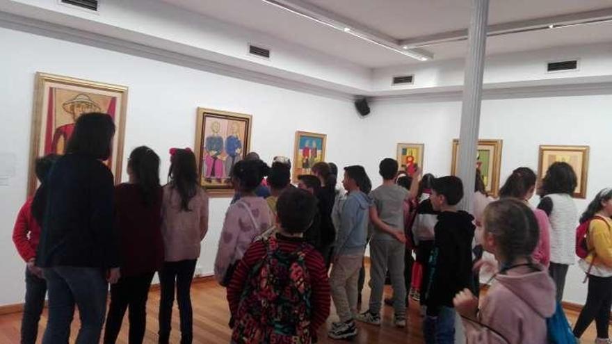 Siguen las visitas de escolares al museo y el Laxeiro está de intercambio en Francia