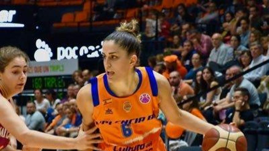 La alero Irene Garí jugará en el Baxi Ferrol la próxima temporada