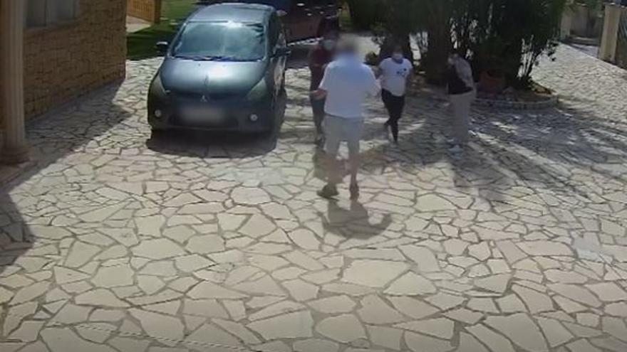 """Desarticulado en Altea un grupo especializado en robos violentos con el """"método del abrazo"""""""