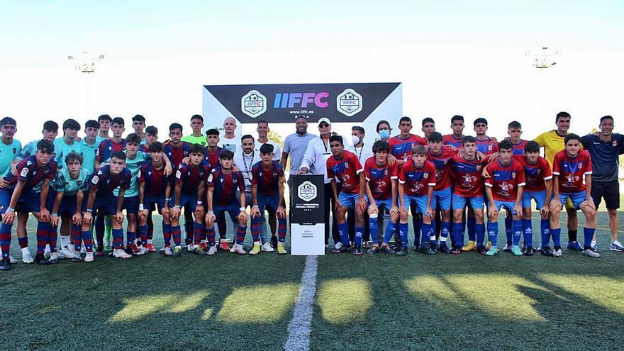 La Peña femenina y el Portmany cadete brillan  en el torneo IIFFC