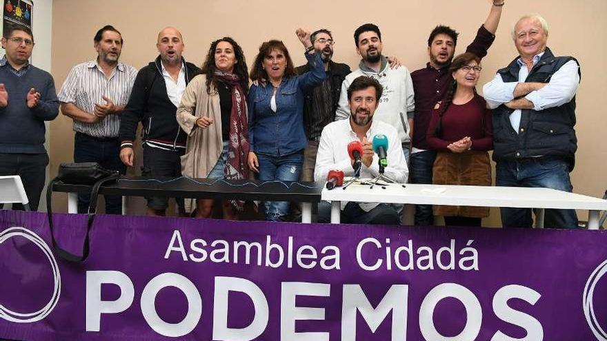 Gómez-Reino liderará Podemos Galicia tras imponerse a Bescansa en las primarias