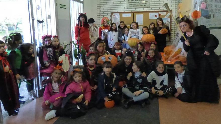 Los escolares del Arregui aprenden el origen de la tradición de Halloween