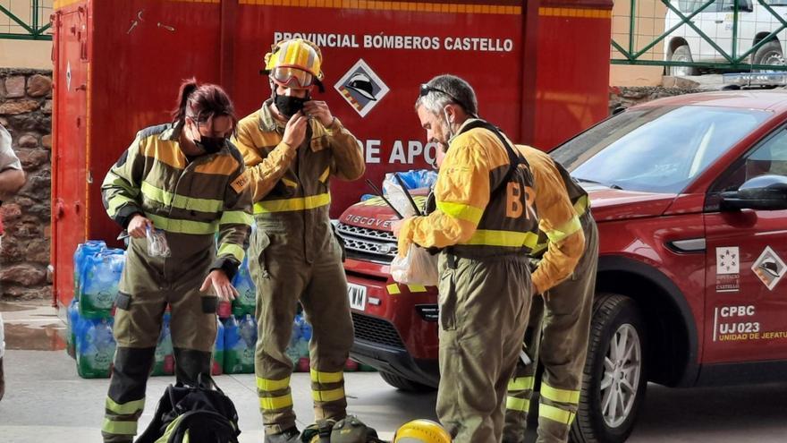 Directo | El incendio de Azuébar arrasa más de 220 hectáreas del parque natural de la Sierra de Espadán