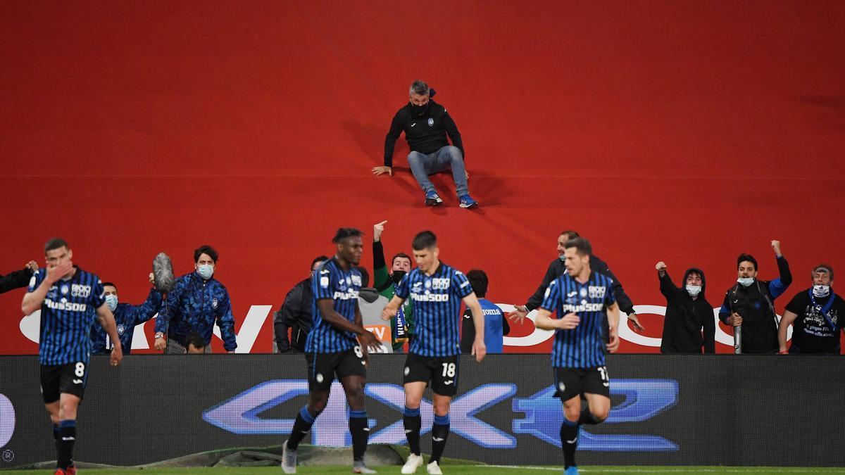 Juventus gana la 'Coppa' contra el Atlanta.