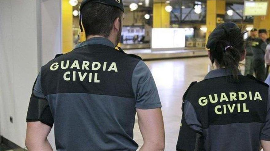 Detienen a un hombre por enviar droga a varios países desde la provincia de Málaga
